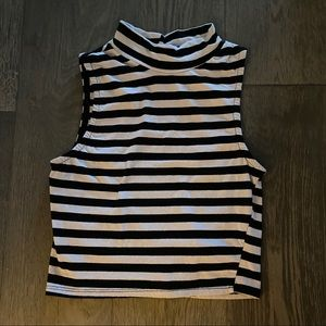 Tops - Stripe sexy backless turtle neck crop top